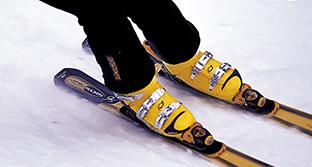 겨울 스포츠 스키·보드, 척추·관절 주의보!?